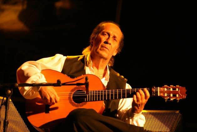 Paco De Lucia The Excitement Of Playing The Guitar Guitarras Alhambra