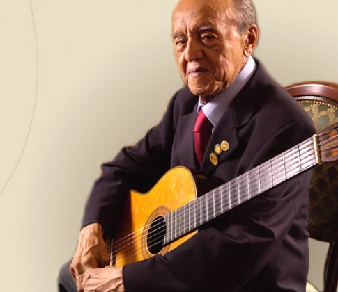 Alirio Diaz, a lover of guitar